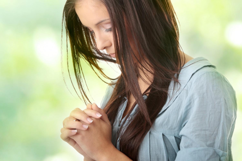 Az ima erőket mozdít meg – ez a hatásos módja