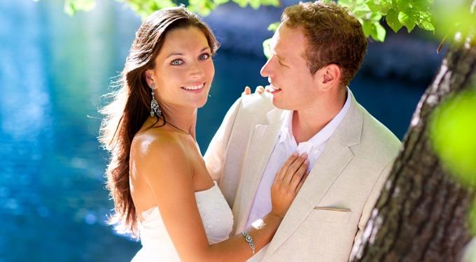 Balatoni lakodalom – új divat az esküvő helyszínében