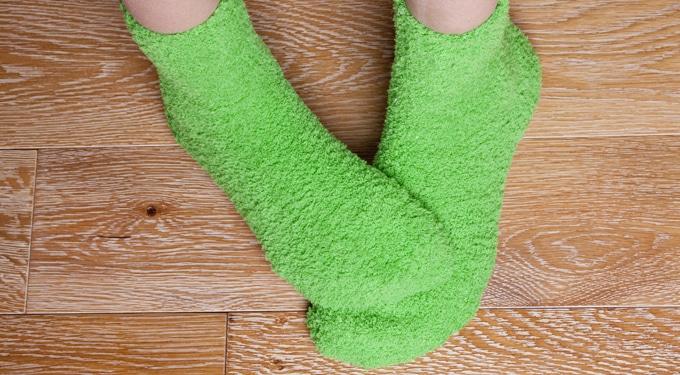 Csak a nőknek fázik a lábuk? A hideg láb szindróma