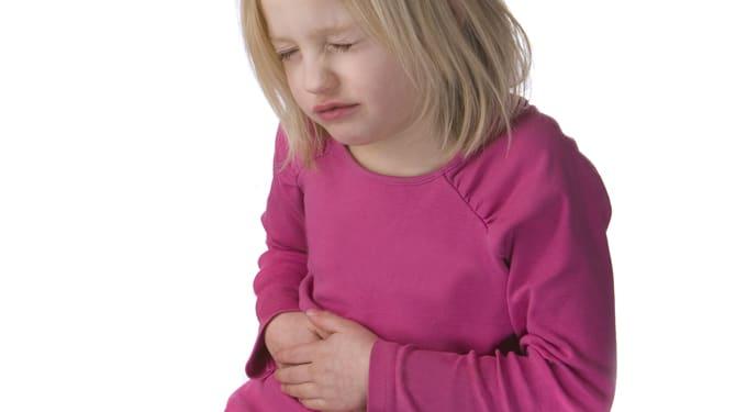 Emésztési zavar vagy valami komoly? Ezért fáj a gyerek hasa