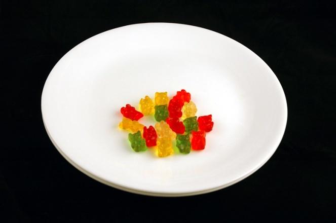 Így néz ki 200 kalória a tányérodon – Megdöbbentő képek az aprócska mennyiségről