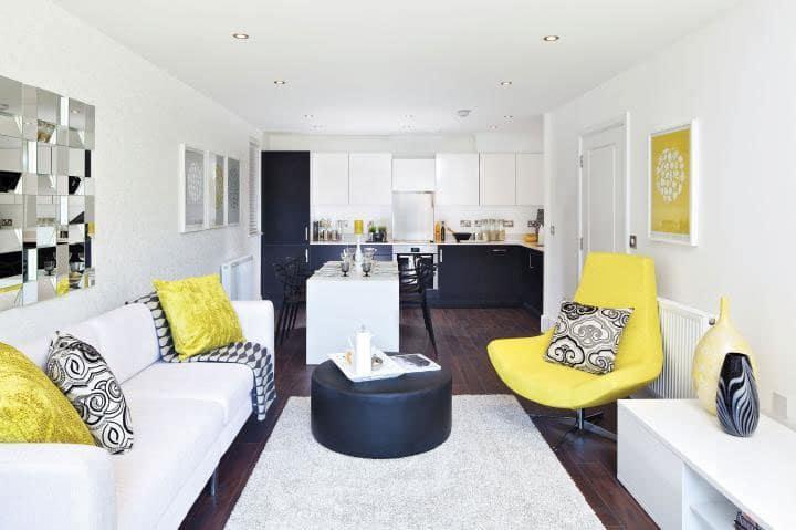 Fényt hoz a lakásba: így használd a sárgát a lakberendezésben