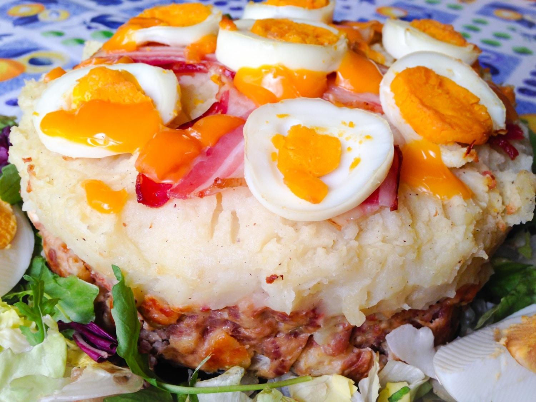 Fasírt torta – ötletes és látványos étel az asztalra