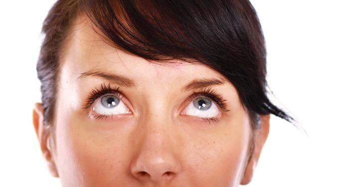 Fejfájásra, fáradtságra: 5 perc szemtorna az élesebb látásért