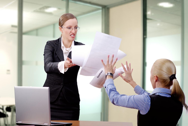 Fusimunka és szaftos részletek: ezeket ne oszd meg a főnököddel