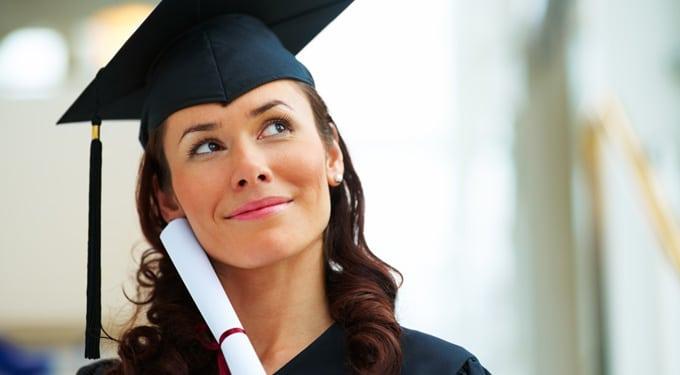 Gyűjtjük a diplomákat, de minek? A diplomahalmozás okai, hátrányai