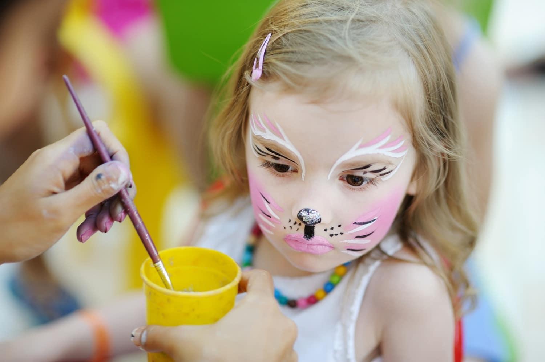 Gyermek arcfestés biztonságosan és gyönyörűen