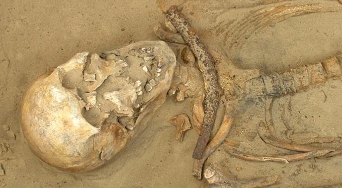 Hátborzongató lelet: vámpír sírhelyet találtak Lengyelországban