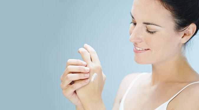 Házi tippek a száraz téli bőr ápolására