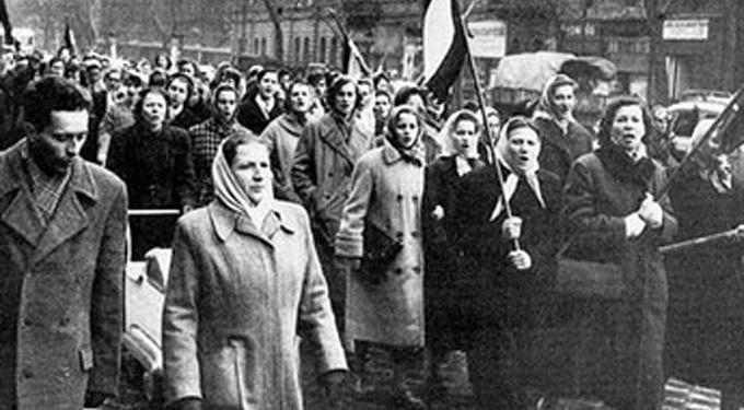 Hős lelkű asszonyok az 1956-os forradalomban