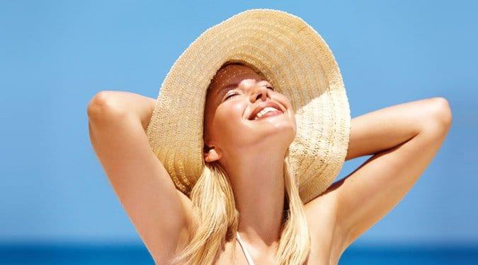 Ha nem látod a túlpartot – Tippek szemüveges, kontaktlencsés nyaralóknak