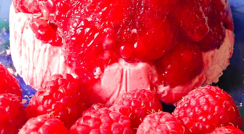 Hideg málnabomba – egészséges édesség sütés nélkül