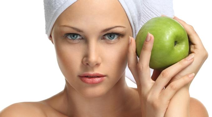 Hihetetlen eredmények! 7 csodatévő arcpakolás almából