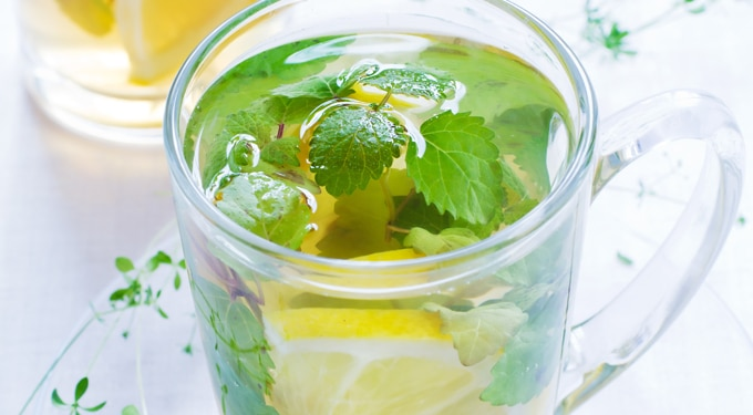 Hogy nyárra formába legyél: méregtelenítő citrom-menta diéta