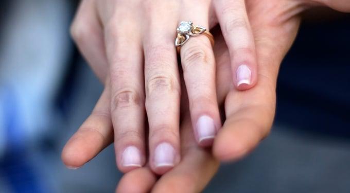Hogyan érheted el, hogy megkérje a kezed?
