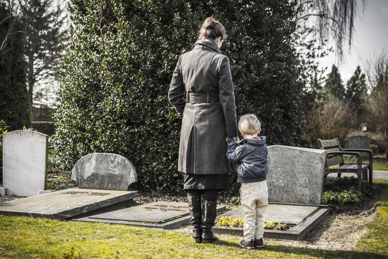 Hogyan segíthetünk a gyászoló gyermeknek?