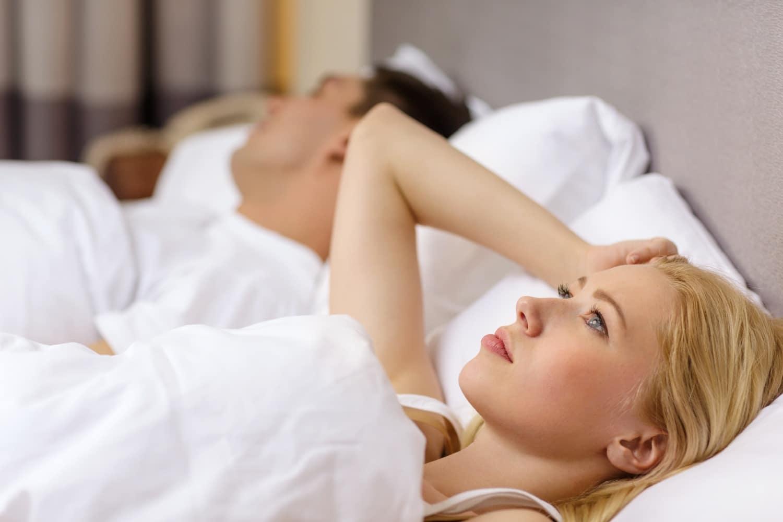 Inszomnia és nyugtalan láb szindróma az 5 leggyakoribb alvászavar