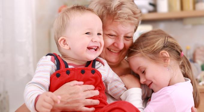 Július 13: a Nagymamák Világnapja