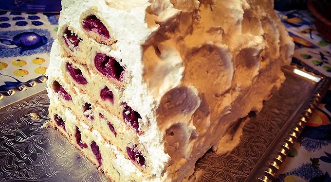 Kókuszhabos-meggyes házikó, a desszertremek