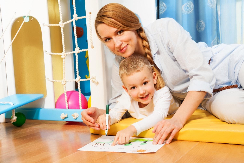 Kötődés és leválás a gyerek életének első két évében