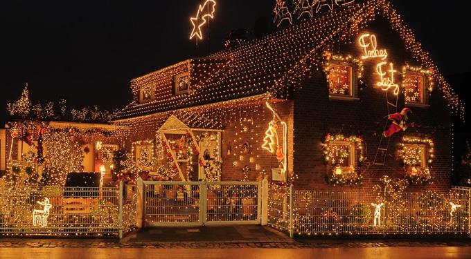 Kültéri karácsonyi világítás okosan