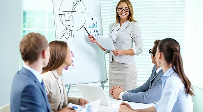 Kőbe vésett karriertippek, amikkel inkább ne foglalkozz