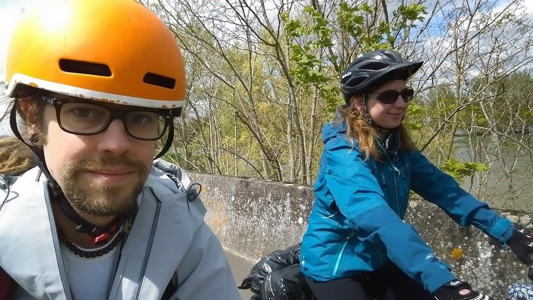 Kati és Bali kalandja – 2024 km, két keréken