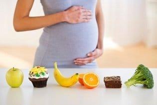 Kettő helyett enni. A terhesség alatti elhízás veszélyei
