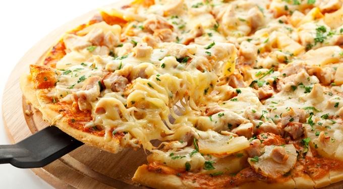 Kukoricás, cukkinis, csirkés pizza