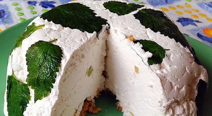 Lazítós desszert – Citromfüves túrótorta zabkeksszel