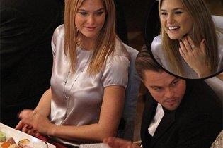 Leonardo DiCaprio megkérte Bar Rafaeli kezét?