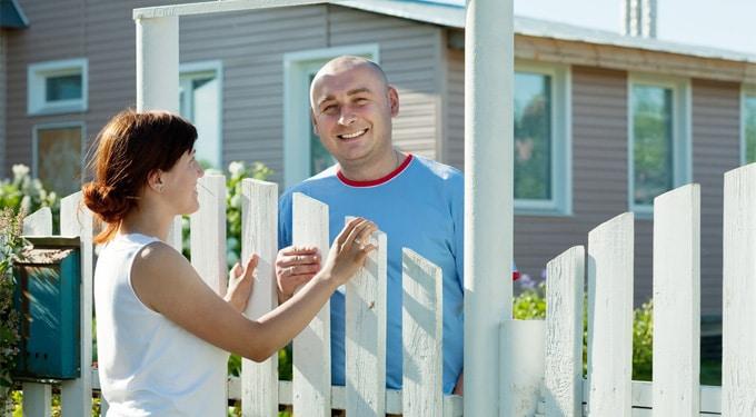 Módszerek, amikkel viccesen bosszanthatod a kedves szomszédod