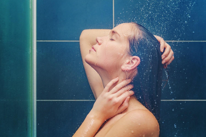 Melyik a jobb? Hideg vagy meleg vizes zuhany