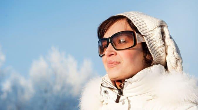 Miért hordjunk télen is napszemüveget?