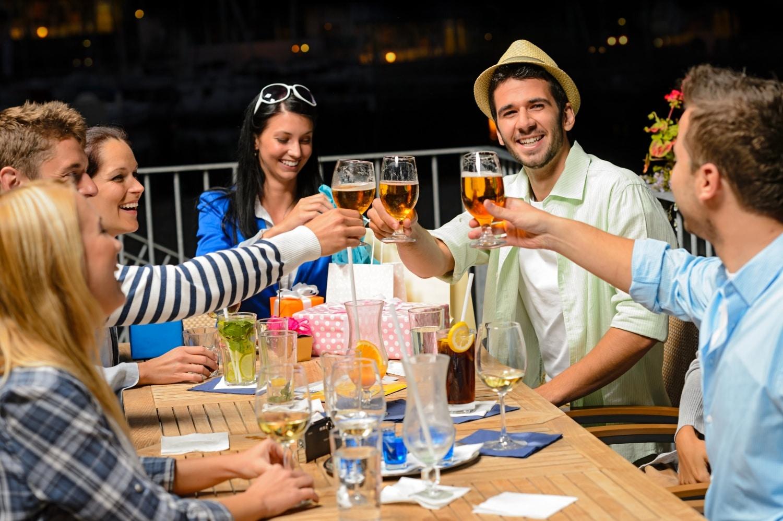 Miért nem koccintanak vele a magyarok? Érdekességek a sörről, amikről eddig nem tudtál