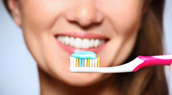 Mikor lehet káros a fogmosás?