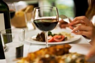 Milyen bor milyen étel mellé illik?