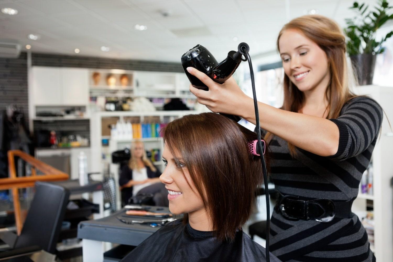 Milyen frizura illik az életstílusodhoz?