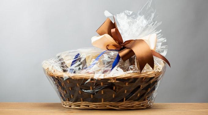 Mit ajándékozz a kollégáknak? Tippek, hogy a munkahelyi karácsony ne nyűg legyen