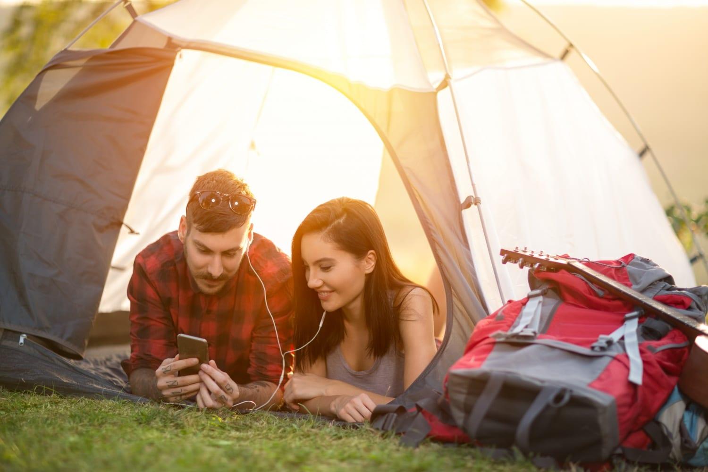 Nyaralás sátorral – 5 tipp, hogy felhőtlen legyen