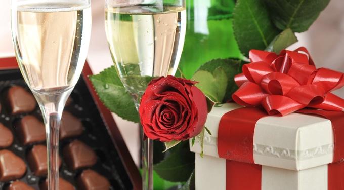Olcsó valentin-napi ajándéktippek a pasidnak