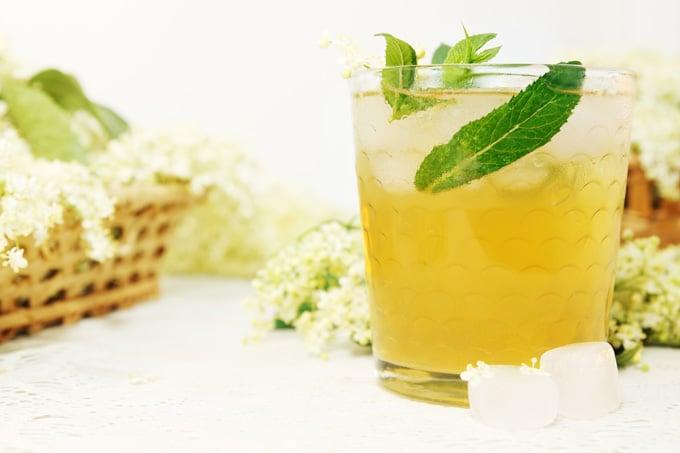 Orgona, bodza és hársfavirág szörp, hagyományos receptekkel