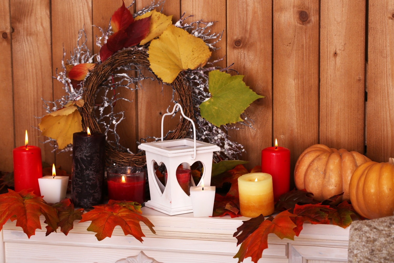 Pompás őszi dekorációk préselt falevelekből