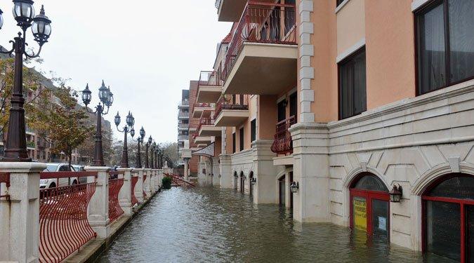 Pusztító hurrikánok női neveken