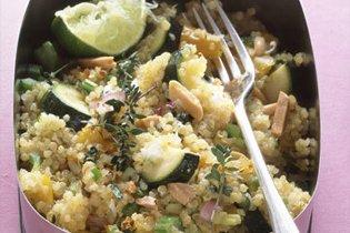Quinoa saláta pirított mandulával