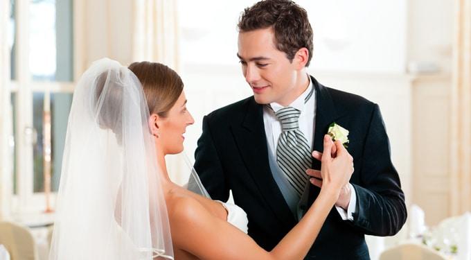 Romantikus és vicces ötletek, ha egyedi esküvőt akarsz