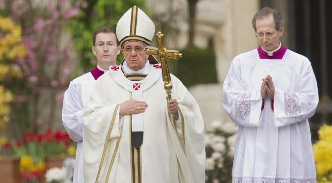 Sivatag, hó és pápa – A világ 7 legkedveltebb húsvéti úti célja
