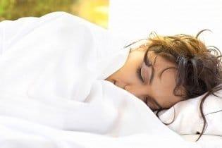 Szépülés alvás közben: tények és tévhitek