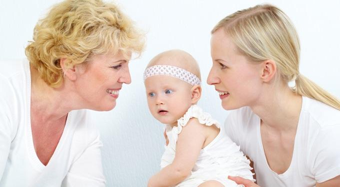 Szülők és nagyszülők: Ki neveli jobban a gyereket?