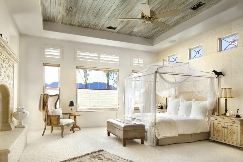Szebbnél szebb baldachinos ágyak – nem csak a trópusokra!